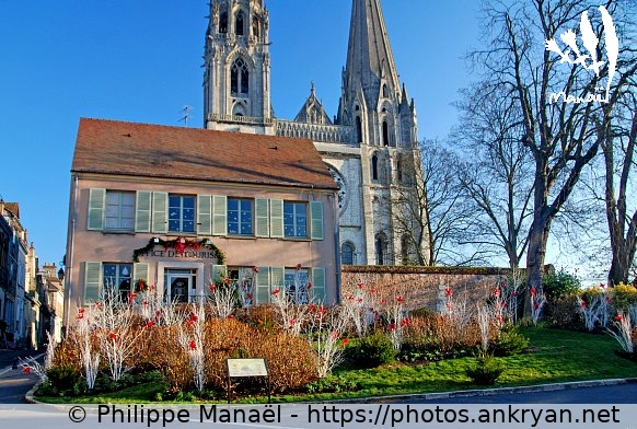 Office de Tourisme / Chartres / Ville / France