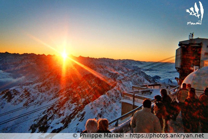 Pic du Midi : soleil couchant, terrasse