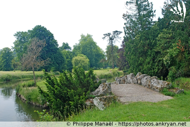 Arche de rocaille jardin anglais rambouillet ankryan for Jardin anglais en france