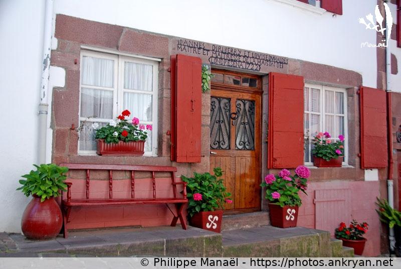 Maisons pans de bois et traditions saint jean pied de - Maison a vendre a saint jean pied de port 64 ...