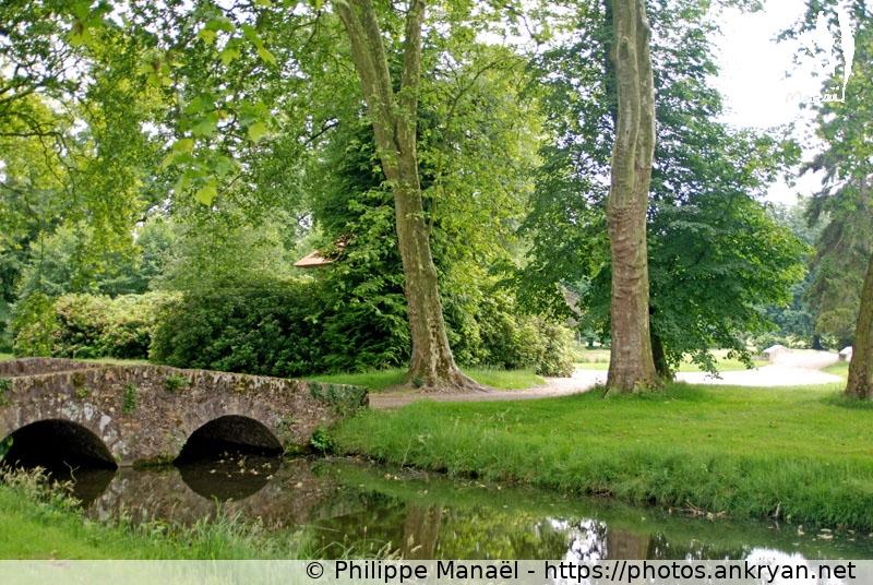 Les ponts du parc jardin anglais rambouillet france for Salon de jardin en anglais